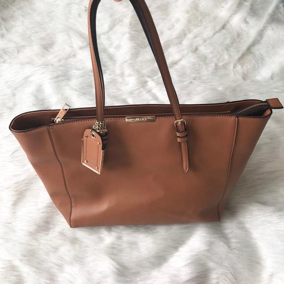 973acdf27f7 Aldo Handbags - ALDO